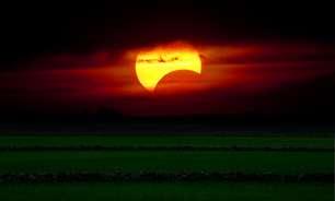 Como a Lua Nova e o Eclipse solar vão impactar seu signo