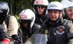 Com aglomeração e sem máscaras, evento de Bolsonaro com motociclistas em SP tem clima de campanha