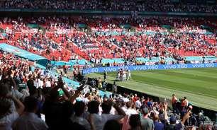 Torcedor cai das arquibancadas em jogo da Eurocopa