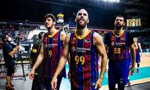Barcelona bate Real Madrid e fica perto do título da Liga ACB