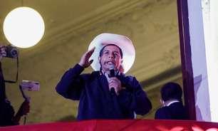 Peru espera próximo presidente com contagem travada perto do fim