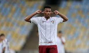 Nos últimos dias de contrato com o Fluminense, Marcos Paulo viaja para se apresentar ao Atlético de Madrid
