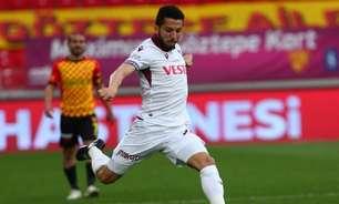 De olho em segundo ano na Europa, Flavio encurta férias e volta de forma antecipada ao Trabzonspor