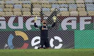 Marcos Felipe assina renovação com o Fluminense até dezembro de 2023