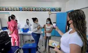 Betim inicia vacinação contra Covid-19 de estudantes de 12 a 14 anos