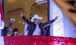 Castillo segue à espera no Peru e busca acalmar temores