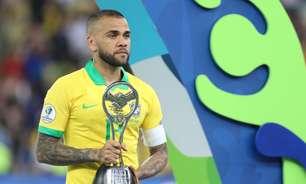 Dani Alves confirma que disputará Olimpíada e desfalcará SP