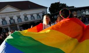 Nova lei anti-LGBT+ na Hungria pode proibir obras de Shakespeare e Safo no país