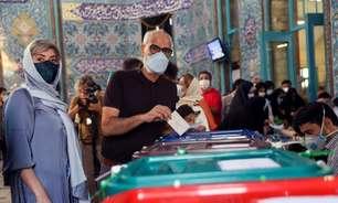 Eleição do Irã deve dar Presidência a juiz sob sanções dos EUA