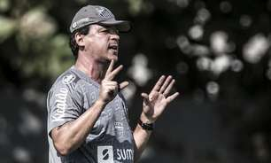 Diniz rasga elogios para Camacho e Zanocelo no Santos