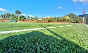 Flamengo inaugura novo campo de grama sintética no Ninho do Urubu; veja fotos
