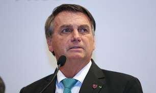 Bolsonaro volta a atacar governadores por isolamento social