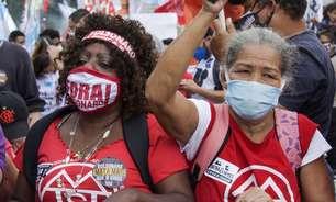 Ato contra Bolsonaro interdita principal via do centro do RJ