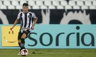 Ronald passará por nova avaliação, mas tende a desfalcar do Botafogo no duelo contra o Náutico
