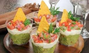 Copinho mexicano com guacamole, sour cream e salsa