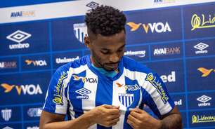 Volante do Avaí Jean Cléber quer boa temporada na Ressacada e deseja promoção à Série A