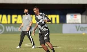 Chuteira verde? Torcida do Corinthians 'pega no pé' de Jô e diretoria multa atacante