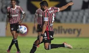Crespo explica a razão pela qual optou por escalar Reinaldo como zagueiro diante do Santos