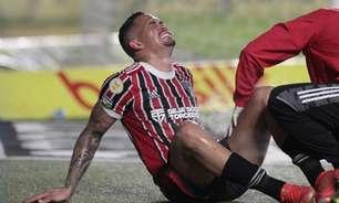 Mais desfalques: Luciano deixa o gramado lesionado e São Paulo tem dois suspensos contra o Santos