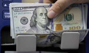 Dólar tem pouca movimentação após salto recente; comentários do Fed seguem no radar