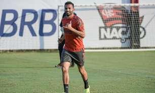 Questionado nas redes sociais, Thiago Maia diz o que falta para voltar a jogar pelo Flamengo: 'Chegar quarta'