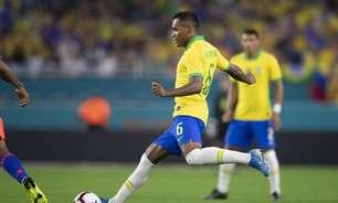 Alex Sandro evita comparações com Renan Lodi na Seleção Brasileira: 'Não me vejo com vantagem'
