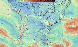 Novo ciclone provoca temporais e deixa Sul do Brasil em alerta