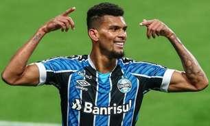 Antes em alta, Rodrigues fica cada vez mais longe de permanecer no Grêmio