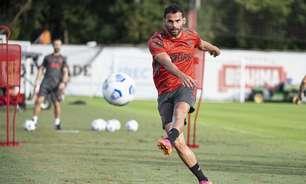 Thiago Maia celebra volta aos jogos do Flamengo: 'Achei que meu sonho tinha ido embora. Pensei em desistir'