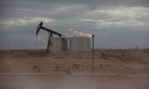 Preços do petróleo ficam próximos de máxima de 3 anos com sinais de alta na demanda