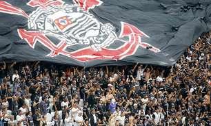 Sem apoio, Doria recua e libera torcida nos estádios de SP