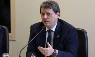 Aposta de Bolsonaro, Tarcísio admite disputar o Senado