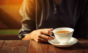 Receita de chá para aliviar os sintomas da TPM