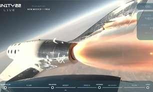 Bilionário voa ao espaço em 1º teste totalmente tripulado