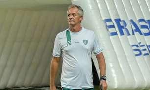 Ainda sem treinador, Botafogo faz outra investida por Lisca
