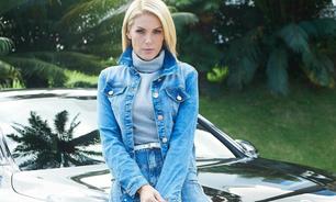 Ana Hickmann dá lição de estilo com calça e jaqueta jeans