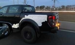 Ford Ranger Raptor é flagrada em testes no Brasil
