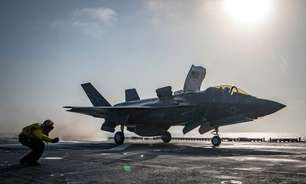 EUA lançam ataques aéreos em apoio às forças afegãs