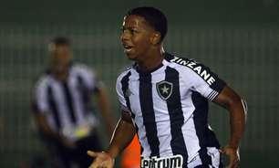 Valladolid, clube de Ronaldo, e Vitória de Guimarães fazem consulta por Ênio, do Botafogo