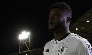 Com futuro incerto no Botafogo, Rafael Carioca não é relacionado para a partida contra o Confiança