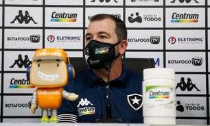 Enderson Moreira analisa partida do Botafogo e comemora: 'O mais importante era garantir a vitória'