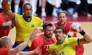 Brasil faz partida competitiva, mas é derrotado pela Noruega em estreia no handebol masculino