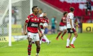 Autor de três gols, Bruno Henrique fala sobre recuperação e comemora vitória do Flamengo: 'Muito feliz'