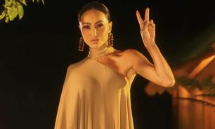 Sabrina Sato abusa de monocromia no reality 'Ilha Record'