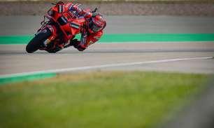 """Bagnaia pede passo à frente da Ducati por """"oportunidade de lutar pelo título"""" da MotoGP"""