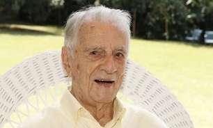 """Aos 101 anos, morre Orlando Drummond, o """"Seu Peru"""" da Escolinha"""