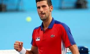 Djokovic avança na chave de simples e vence brasileiros nas duplas mistas
