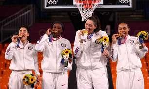 EUA ficam com ouro no feminino e Letônia vence no masculino em estreia do basquete 3x3 nos Jogos