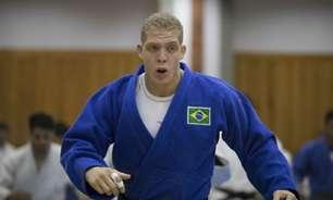 Rafael Buzacarini sofre wazari no fim de luta e está fora das Olimpíadas