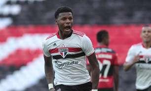 Arboleda tem contratura na coxa e desfalca o São Paulo no clássico contra o Palmeiras